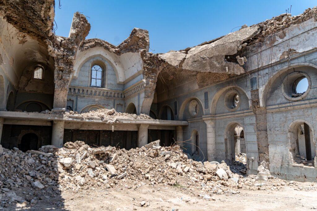 Église éventrée à Mossoul