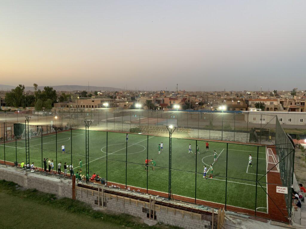 Le nouveau terrain de foot de Qaraqosh